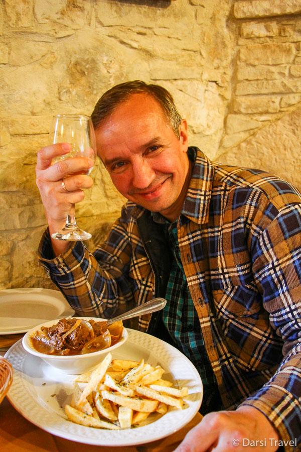 Деревня Лофу Кипр Ужин в таверне Lofou Tavern {amp}amp;amp; Agrovino Стифадо