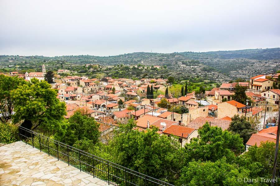Деревня Лофу Кипр Вид с обзорной площадки на саму деревню